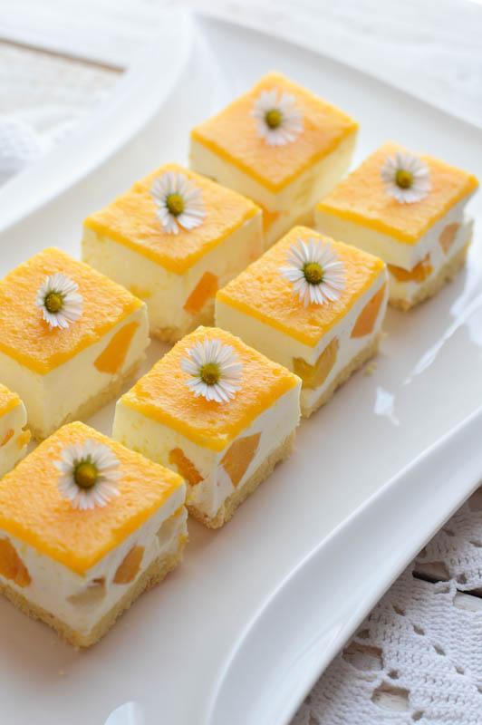 Breskove rezine z grškim jogurtom