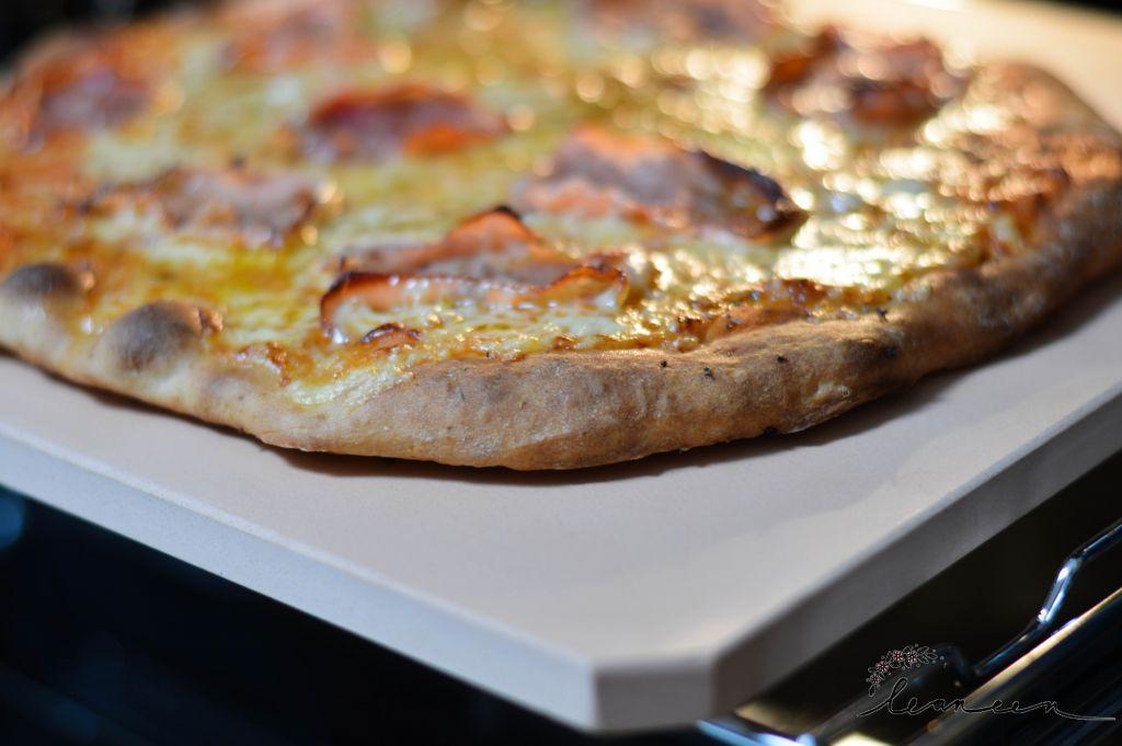 Pica na glineni plošči