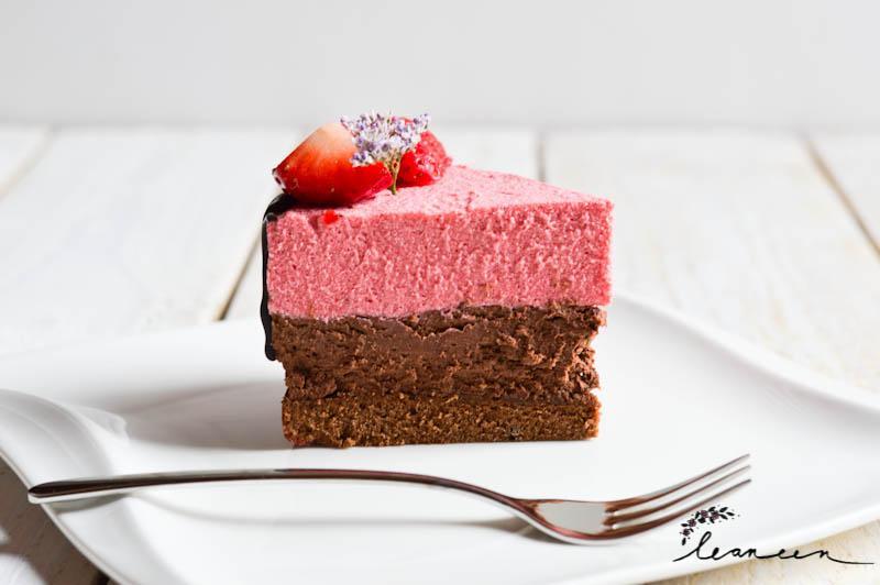 Valentinova torta s čokoladno-jagodnim moussom