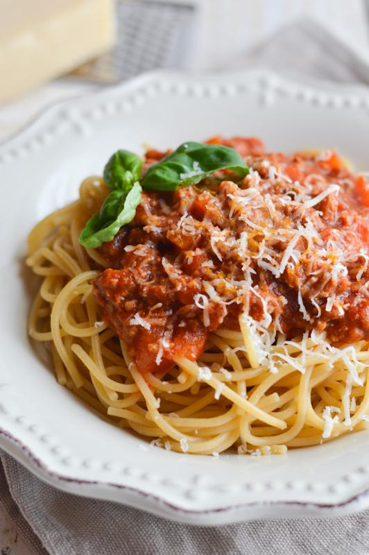 Domača omaka bolognese