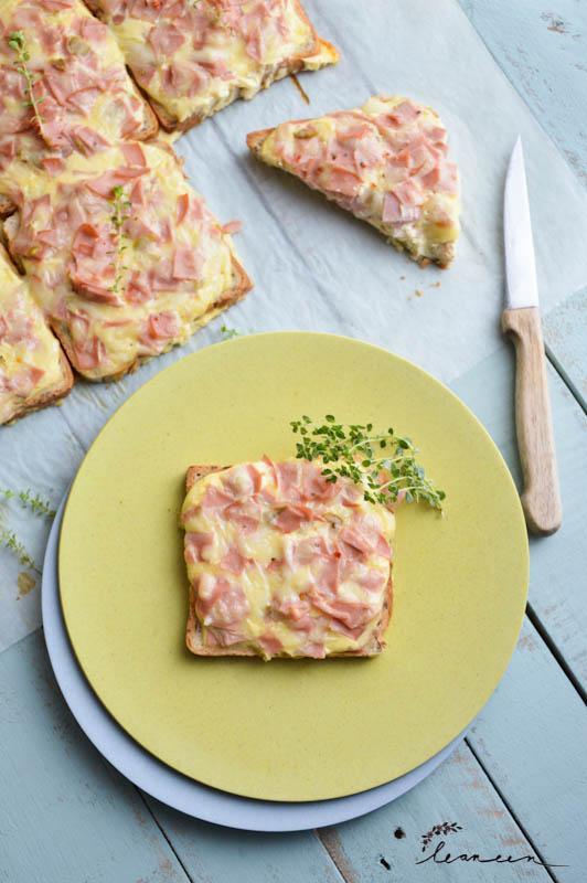 Pica toast s kislo smetano