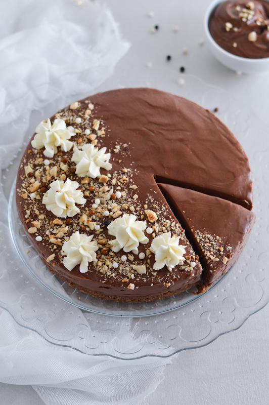 Nutellin cheesecake brez peke