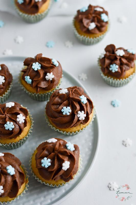 Mini muffini s čokoladno kremo