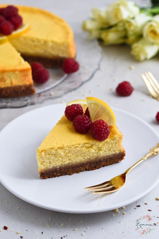 Limonina skutna torta