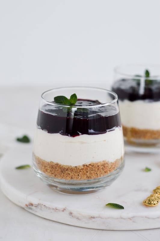 Cheesecake z aronijo