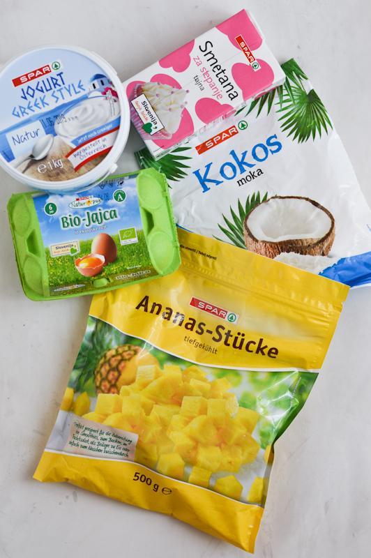 Grške rezine s kokosom in ananasom