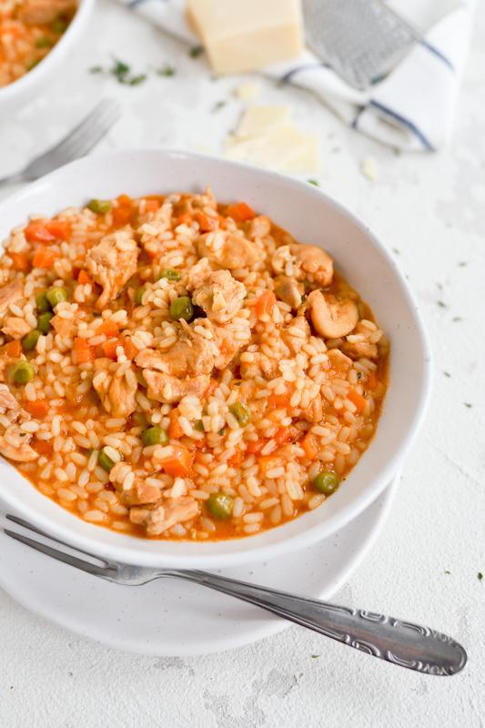 Preprosta rižota s piščančjim mesom