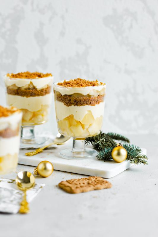 Speculaas sladica z vaniljo in hruškami