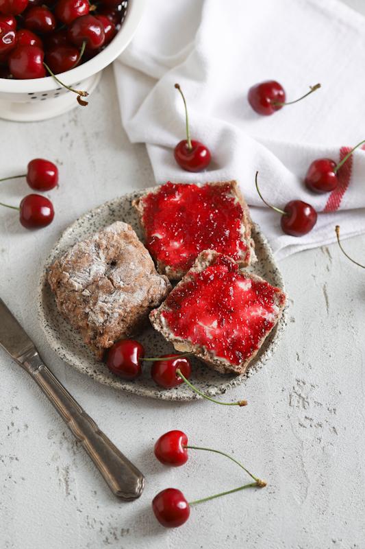 Domača češnjeva marmelada