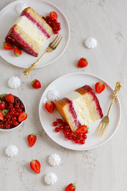 Malinova torta s kokosovo kremo