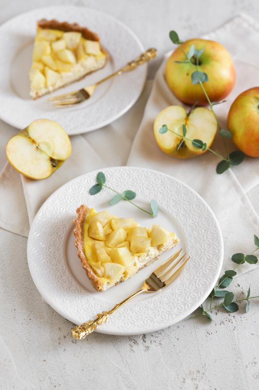 Jesenska pita s skuto in jabolki