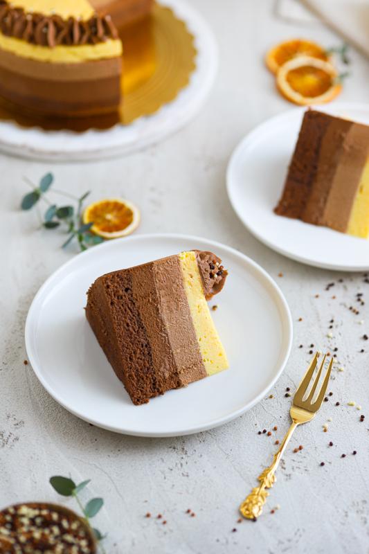 Tribarvna čokoladno pomarančna torta