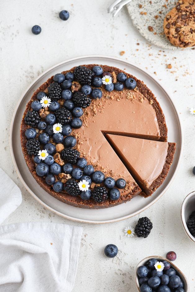 Pita s temnim čokoladnim moussom Leaneen