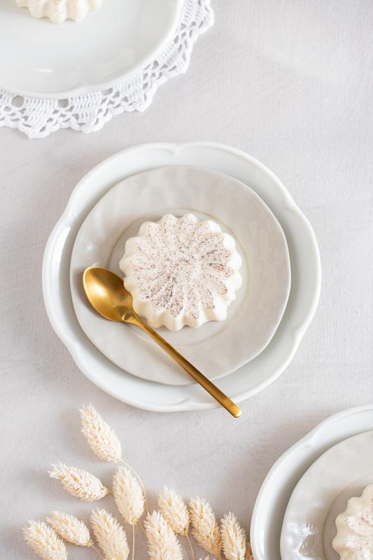 Vaniljeva panna cotta z dišečimi hruškami Leaneen recept